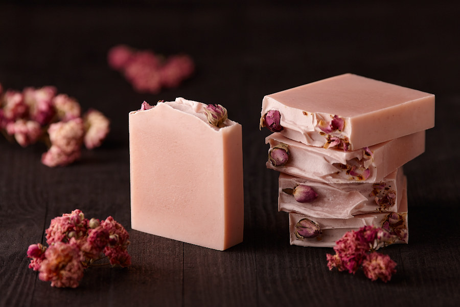 Мыло розовое